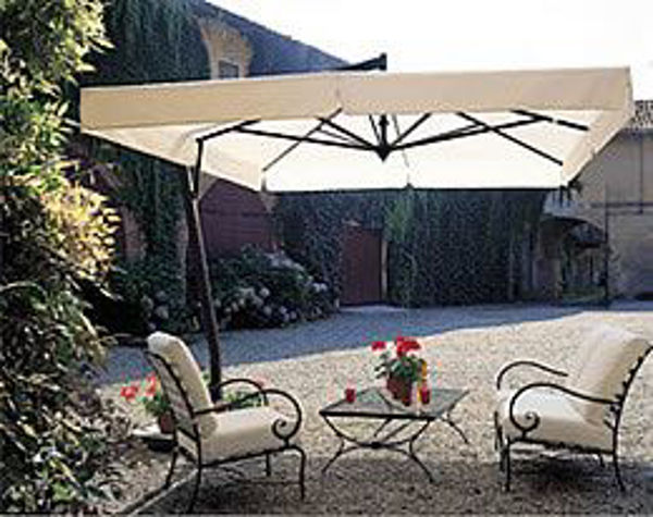 Picture of FIM Aluminum 9.5' Square Offset Patio Umbrella - P24