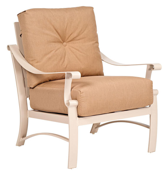 Picture of Woodard Bungalow Cushion Stationary Lounge Chair