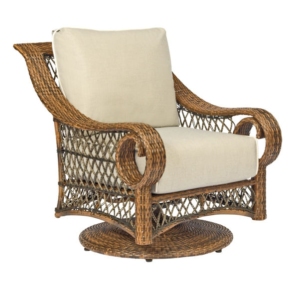 Picture of Woodard Belmar Swivel Lounge Chair