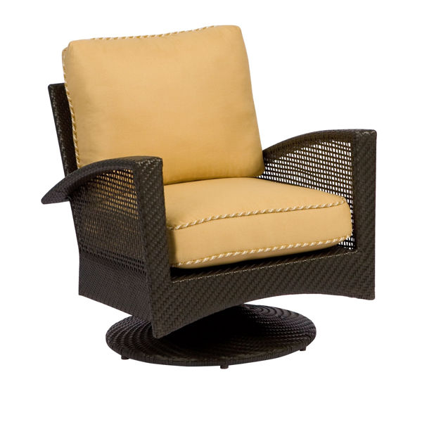 Picture of Woodard Trinidad Swivel Lounge Chair