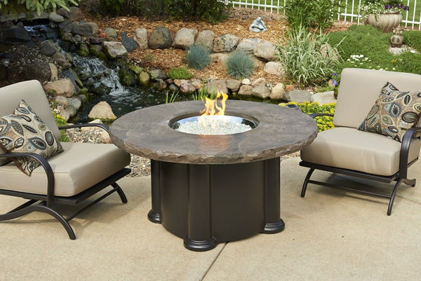 Picture of Outdoor Great Room Colonial Fire Pit Table with Round Marbelized Top