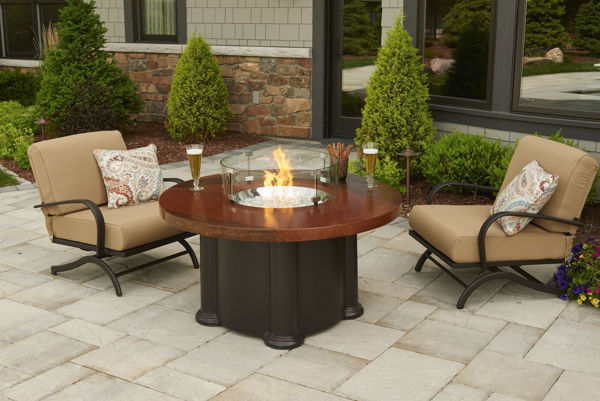 Picture of Outdoor Great Room Colonial Fire Pit Table with Artisan Top