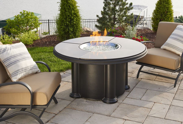 Picture of Outdoor Great Room Black Grand Colonial Fire Pit