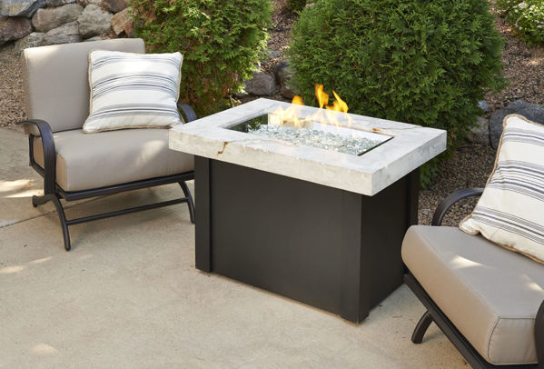 Picture of Outdoor Great Room Providence Fire Pit Table with White Onyx Top
