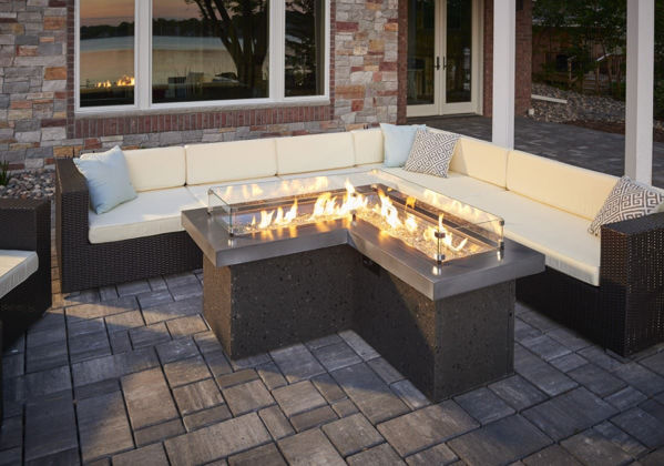 Picture of Outdoor Great Room The Pointe Fire Pit L-Shaped Table with Mist Supercast Top