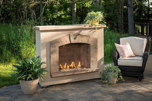 Picture of Outdoor Great Room Stone Arch Fireplace Surround Burner