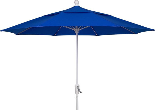 Picture of FiberBuilt 9 Ft Market Umbrellas Pulley and Pin Lift - White Finish