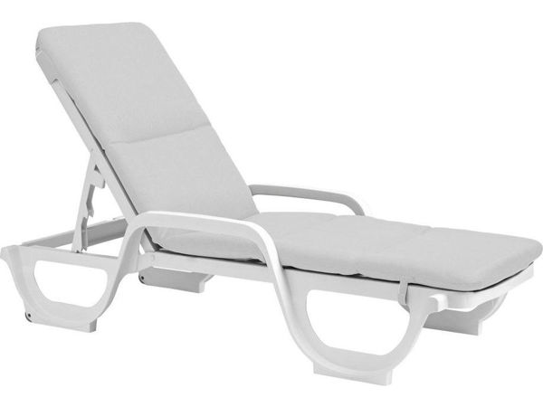 Picture of Grosfillex Contract Chaise Cushion with Hood In White Pack Of 6