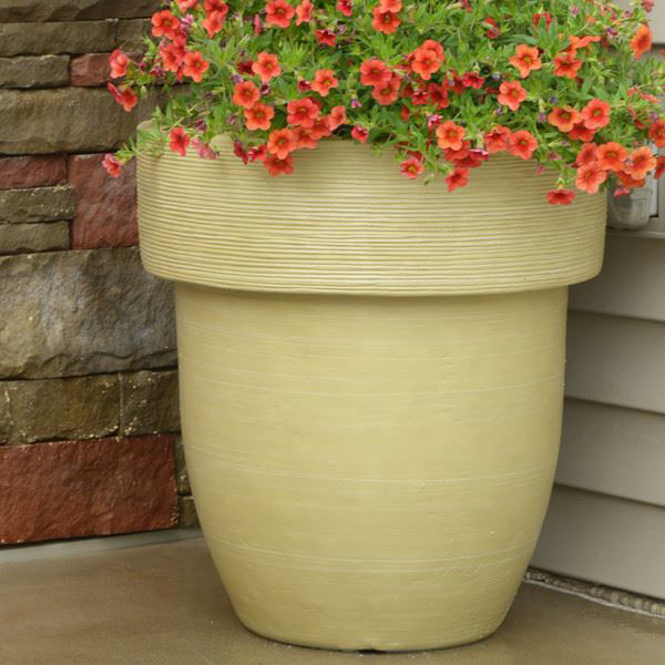 """Picture of Grosfillex Toledo 16"""" Round Commercial Planter In Travertine Pack Of 6"""